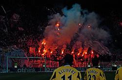 10-03-2005 VOETBAL: UEFA CUP: OLYMPIACOS PIREAUS-NEWCASTLE UNITED: ATHENE<br /> In een beladen wedstrijd wint Newcastle met 3-1 van het griekse Olympiacos - De fanatieke aanhang van Olympiacos Gate 7<br /> &copy;2005-WWW.FOTOHOOGENDOORN.NL