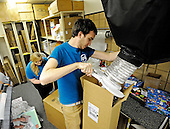 12.18.13-UPS store Christmas shipping