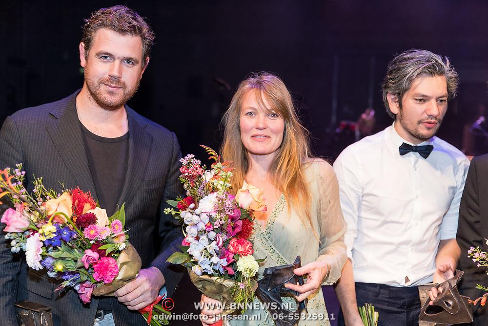NLD/Amsterdam/20170917 - Gala van het Nederlands Theater 2017, ...... en winnaar Colombina Lotte Dunselman\