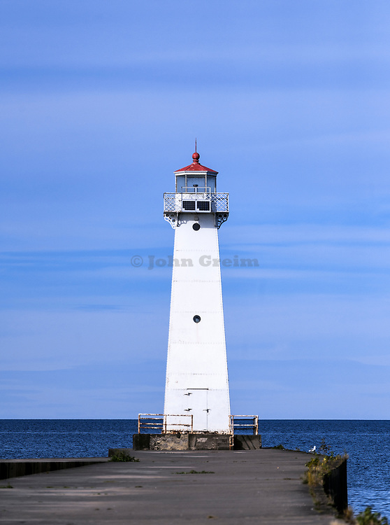 Outer Sodus Lighthouse, Sodus Bay, Lake Ontario, New York, USA.