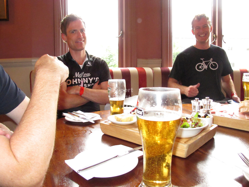 Cyclosport.org Party <br /> <br /> Famous Ex Pro's and cyclosportive organisers get together at the Cyclosport.org Party. <br /> Amongst the Ex Pro's was Stephen Roche And Magnus Backstedt