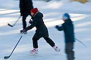 Eislaufbahn, Schierke, Schnee, Winter, Harz, Sachsen-Anhalt, Deutschland | ice rink, Schierke, winter, Harz, Saxony-Anhalt, Germany