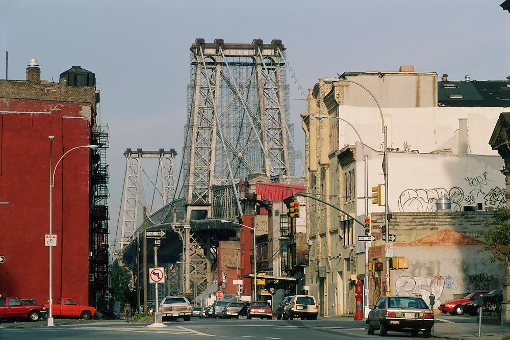 Williamsburg Bridge, Connecting Manhattan and Brooklyn, New York City, NY