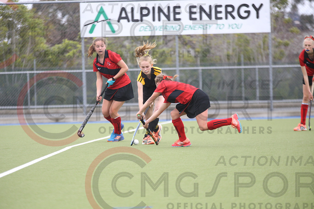 2017 National Under 15 Girls Championship Tournament<br /> WELLINGTON V CANTERBURY<br /> Timaru<br /> October 10 2017<br /> Photo by CMGSPORT<br /> www.cmgsport.co.nz