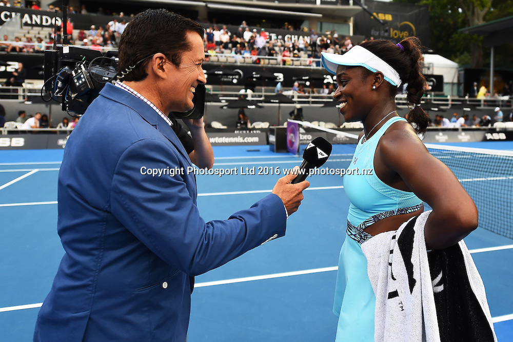Sky Sport television presenter Stephen McIvor talks with Sloane Stephens of the USA during Day 4 Quarter Finals of the 2016 ASB Classic Womens. ASB Tennis Centre, Auckland, New Zealand. Thursday 7 January 2016. Copyright Photo: Chris Symes / www.photosport.nz