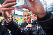 BREDA - PVV leader Geert Wilders restart his campaign in a rainy but pressure Breda. COPYRIGHT Robin Utrecht / jesper drenth<br /> BREDA - PVV leider Geert Wilders herstart zijn campagne in een regenachtig maar druk Breda. COPYRIGHT robin utrecht / jesper drenth