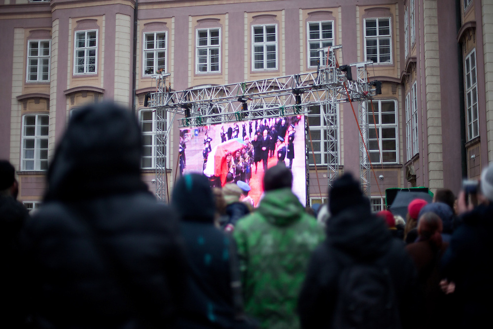 About 10000 Czech citizens accompanied the remains of Vaclav Havel from the Old Town part in Prague across Charles Bridge   up to Prague Castle, the seat of Czech presidents. Projection of the mourning procession for former President Vaclav Havel at Prague Castle.