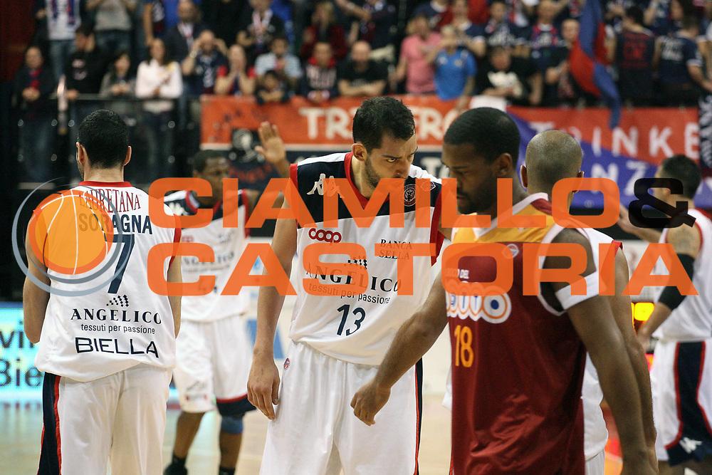 DESCRIZIONE : Biella Lega A 2009-10 Angelico Biella Lottomatica Virtus Roma<br /> GIOCATORE : Luca Garri<br /> SQUADRA : Angelico Biella<br /> EVENTO : Campionato Lega A 2009-2010 <br /> GARA : Angelico Biella Lottomatica Virtus Roma<br /> DATA : 07/03/2010 <br /> CATEGORIA : Delusione<br /> SPORT : Pallacanestro <br /> AUTORE : Agenzia Ciamillo-Castoria/S.Ceretti<br /> Galleria : Lega Basket A 2009-2010 <br /> Fotonotizia : Biella Campionato Italiano Lega A 2009-2010 Angelico Biella Lottomatica Virtus Roma<br /> Predefinita :