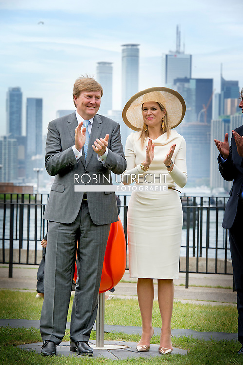 King Willem-Alexander and Queen Maxima of The Netherlands unveil Tulpi chairs at Toronto Island, Canada, 29 May 2015. The King and Queen of The Netherlands bring an state visit from 27 till 29 may to Canada. COPYRIGHT ROBIN UTRECHT