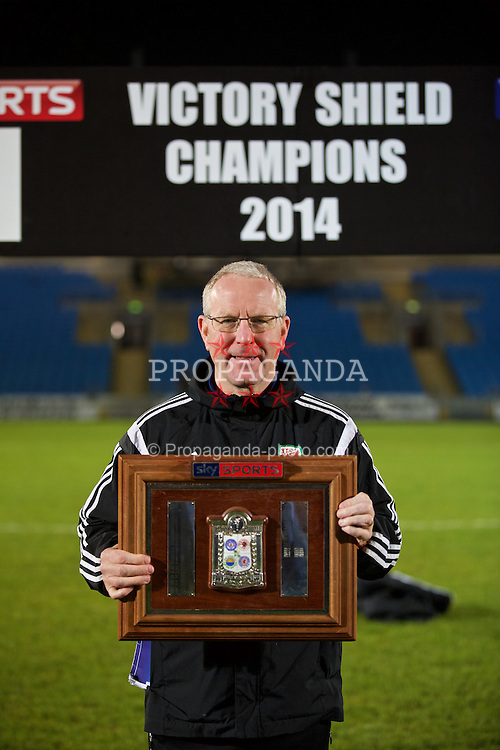 BALLYMENA, NORTHERN IRELAND - Thursday, November 20, 2014: Wales' Allan Bickerstaff with the trophy after the 2-0 victory over Northern Ireland during the Under-16's Victory Shield International match at the Ballymena Showgrounds. (Pic by David Rawcliffe/Propaganda)