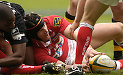 2006, Powergen Cup, Twickenham, Simon Easterby, moves the ball back, London Wasps vs Llanelli Scarlets, ENGLAND, 09.04.2006, 2006, , © Peter Spurrier/Intersport-images.com.   [Mandatory Credit, Peter Spurier/ Intersport Images].