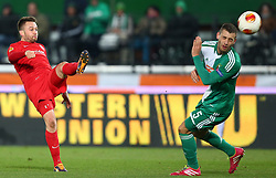 28.11.2013, Ernst Happel Stadion, Wien, AUT, UEFA Europa League, SK Rapid Wien vs FC Thun, Gruppe G, im Bild Andreas Wittwer, (FC Thun, #28) und Thanos Petsos, (SK Rapid Wien, #5) // during a UEFA Europa League group G game between SK Rapid Vienna and FC Thun at the Ernst Happel Stadion, Wien, Austria on 2013/11/28. EXPA Pictures © 2013, PhotoCredit: EXPA/ Thomas Haumer