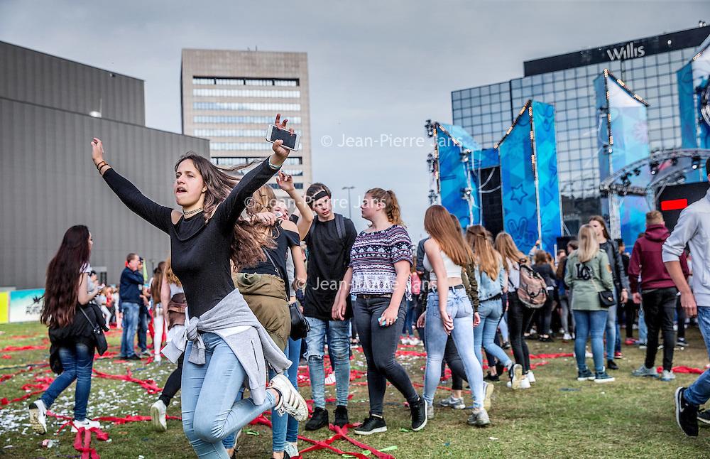 Nederland, Amsterdam, 16 juli 2016.<br />We are the future festival in Arena park voor jongeren onder de 18 jaar.<br /><br /><br /><br />Foto: Jean-Pierre Jans