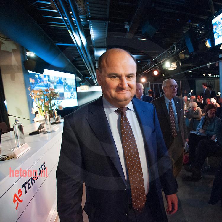 netherlands, Almelo Polmanstadion 07dec2015 Loek de Vries CEO Ten Cate vpoorafgaand aan Bijzondere aandeelhouders vergadering van  Ten Cate almelo over de omstreden overname door Gilde en partners.