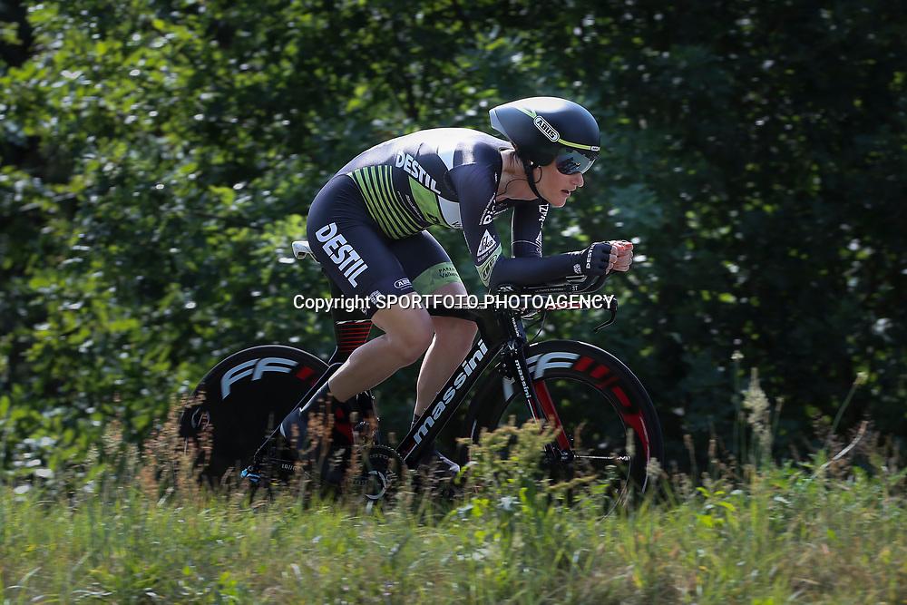 21-06-2017: Wielrennen: NK Tijdrijden: Montferland      <br /> s-Heerenberg (NED) wielrennen <br /> Natalie van Gogh