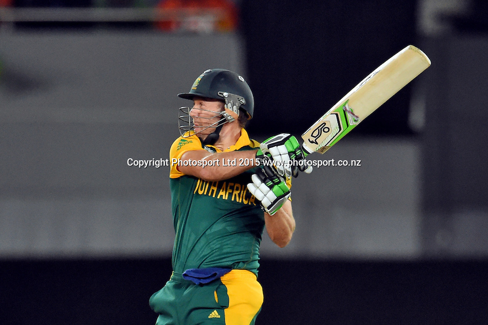 South African batsman AB Devilliers in action during the ICC Cricket World Cup match between Pakistan and South Africa at Eden Park in Auckland, New Zealand. Saturday 07 March 2015. Copyright Photo: Raghavan Venugopal / www.photosport.co.nz