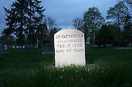 Gravestone of alledged gunslinger in Walla Walla, WA