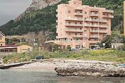 Cementificazione lungo la costa di Palermo nella borgata di Vergine Maria.<br /> Palermo coastline covered by concrete along Vergine Maria district