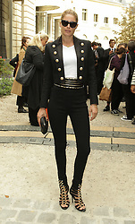 Doutzen Kroes  bei der Balmain Modenschau während der Paris Fashion Week / 290916<br /> <br /> ***Balmain fashion show as part of Paris Fashion Week on September 29th, 2016 in Paris***