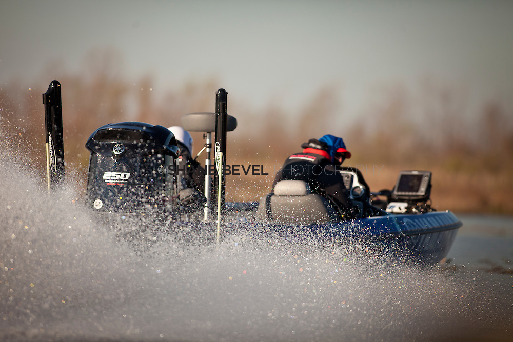2/26/12 9:32:28 AM -- during the 2012 Bassmaster Classic on the Red River in Shreveport, La. ..Photo by Shane Bevel