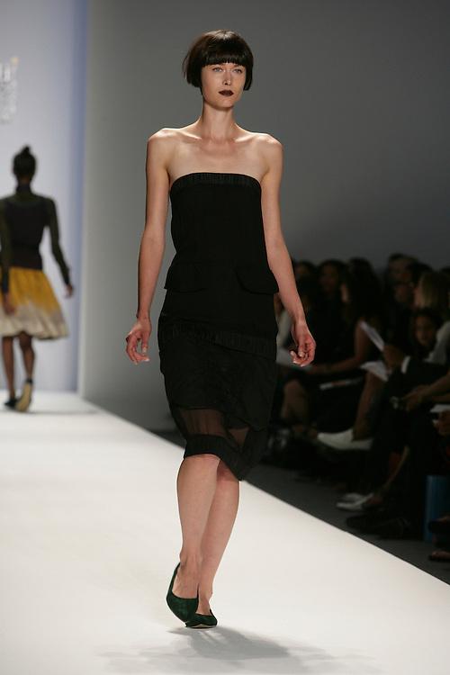 Sabyasachi<br /> Spring/Summer 2009 Collection<br /> Mercedes-Benz Fashion Week<br /> New York, NY, Sept 2008