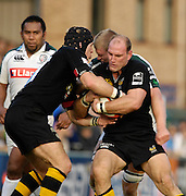 Wycombe, Great Britain, Wasps, Lawrence DALLAGLIO, gathers the ball, supported by james HASKELL, challenged by James HUDSON, during the EDF Energy, Anglo Welsh, rugby Cup match, London Wasps vs London Irish,  at Adams Park, England, 08/10/2006. [Photo, Peter Spurrier/Intersport-images]....