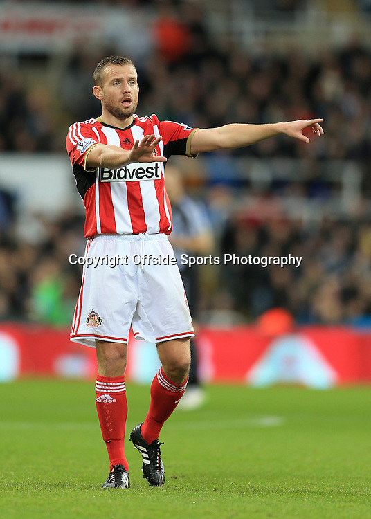 21st December 2014 - Barclays Premier League - Newcastle United v Sunderland - Lee Cattermole of Sunderland - Photo: Simon Stacpoole / Offside.
