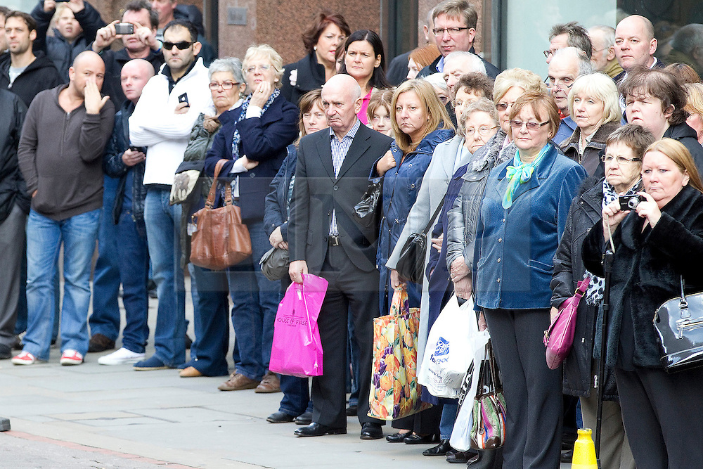 © Licensed to London News Pictures. 22/10/2011. Manchester, UK. 100s of mourners from Manchester turn out at the funeral of former Coronation Street actress Betty Driver at St Ann's Church in Manchester City Centre. The actress lived to the age of 91. Photo credit : Joel Goodman/LNP