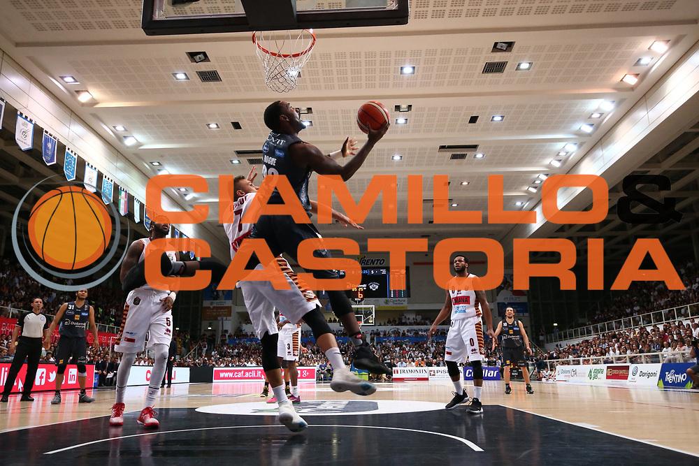 Dustin Hogue<br /> Dolomiti Energia Aquila Basket Trento - Umana Reyer Venezia <br /> Lega Basket Serie A 2016/17 Finali Gara 04<br /> Trento, 16/06/2017<br /> Foto Ciamillo-Castoria