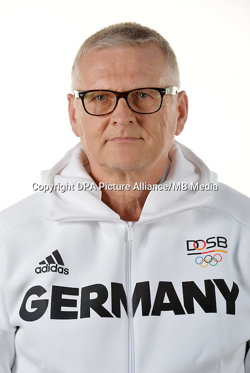 Jörg Stratmann poses at a photocall during the preparations for the Olympic Games in Rio at the Emmich Cambrai Barracks in Hanover, Germany. July 07, 2016. Photo credit: Frank May/ picture alliance. | usage worldwide