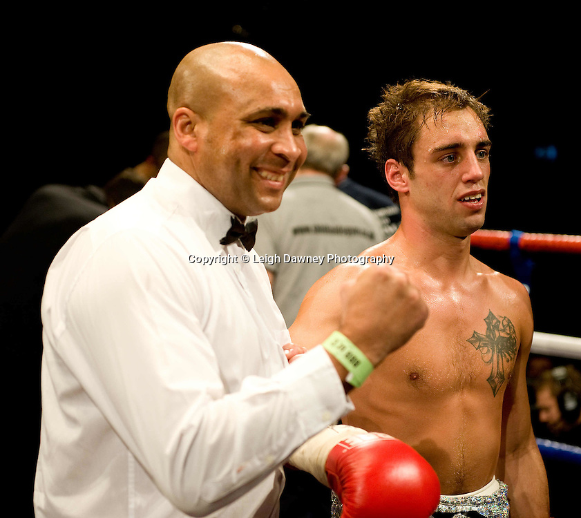 Ashley Sexton defeats Usman Ahmed in a dramatic knockout at Brentwood Centre 22nd January 2010, Frank Maloney Promotions,Credit: © Leigh Dawney Photography