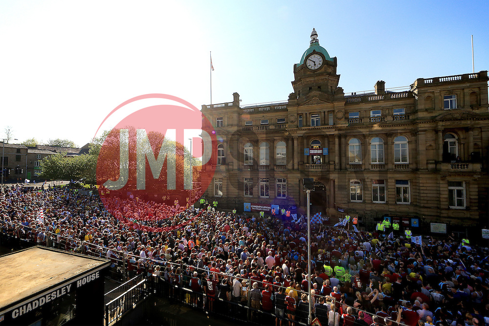 A general view as fans gather outside Burnley Town Hall - Mandatory by-line: Matt McNulty/JMP - 09/05/2016 - FOOTBALL - Burnley Town Hall - Burnley, England - Burnley FC Championship Trophy Presentation