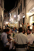 American students eating dinner, Florence, Italy, Frommer's Italy Day By Day