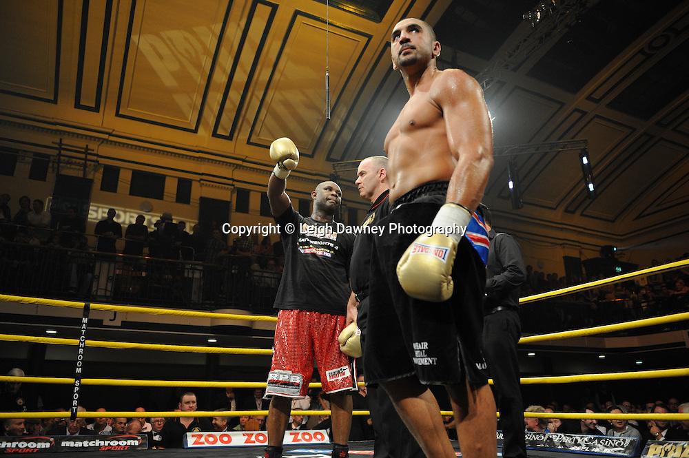 Matt Skelton (red shorts) defeats Ali Adams at Prizefighter The Heavyweights 9th Ocrtober 2010 at York Hall, Bethnal Green, London. Prizefighter/Matchroom Sport. Barry & Eddie Hearn © Photo credit: Leigh Dawney