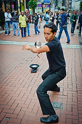 Street performer in Dublin<br /> <br /> (c) Andrew Wilson | Edinburgh Elite media