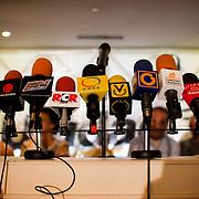 PRESS CONFERENCE OF LEADERS OF THE OPPOSITION / RUEDA DE PRENSA DE LIDERES DE LA OPOSICION<br /> Microfonos de los medios de comunicacion Venezolanos<br /> Photography by Aaron Sosa<br /> Caracas - Venezuela 2010<br /> (Copyright © Aaron Sosa)