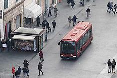 20131228 AUTOBUS IN CENTRO