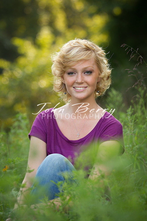 August/17/11:  Abbie White Senior Portraits.  MCHS Class of 2012.