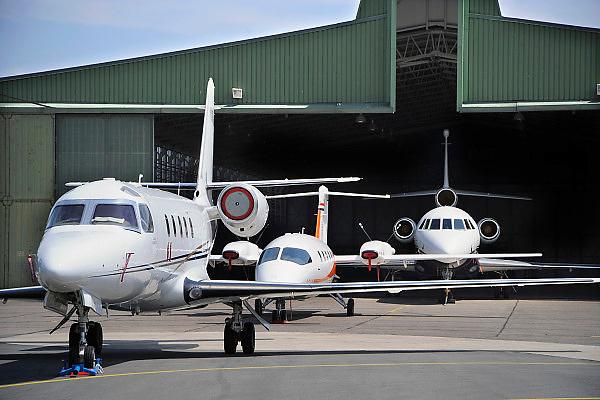 Nederland, Weeze 25-6-2009Prive vliegtuigen op vliegveld Weeze. Foto: Flip Franssen/Hollandse Hoogte
