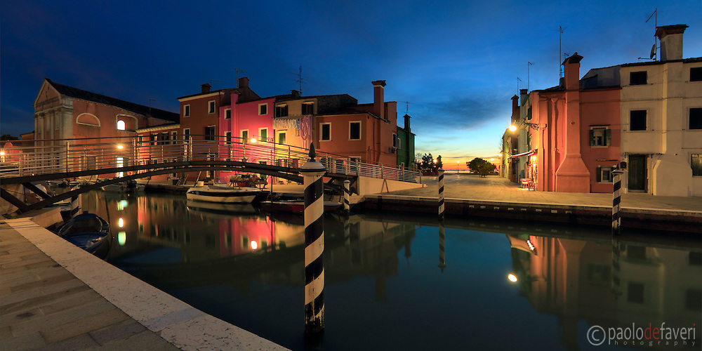 Taken about 20 minutes after sunset from Fondamenta Cappuccine in Burano, Venice. This is a stitch of 5 verticals.