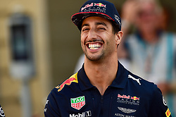 November 24, 2017 - Yas Marina Circuit, Abu Dhabi - Daniel Ricciardo, Red Bull Racing, formula 1 GP, Abu Dhabi, Yas Marina Circuit, VAE, 24.11.2017.Photo:mspb/Jerry Andre.Credit: Melzer/face to face (Credit Image: © face to face via ZUMA Press)