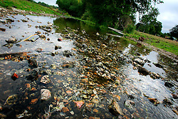 UK ENGLAND HAMPSHIRE ST MARY BOURNE 12AUG06 - Extremely low water levels in the dried-up river bed of the Bourne river in the St Mary Bourne valley in Hampshire...jre/Photo by Jiri Rezac..© Jiri Rezac 2006..Contact: +44 (0) 7050 110 417.Mobile:  +44 (0) 7801 337 683.Office:  +44 (0) 20 8968 9635..Email:   jiri@jirirezac.com.Web:    www.jirirezac.com..© All images Jiri Rezac 2006 - All rights reserved.