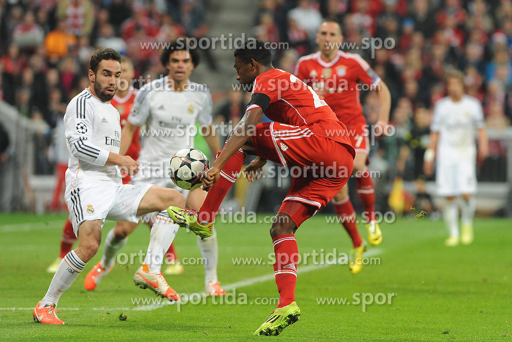 29.04.2014, Allianz Arena, Muenchen, GER, UEFA CL, FC Bayern Muenchen vs Real Madrid, Halbfinale, Ruckspiel, im Bild vl. Fabio Coentrao (Real Madrid) und David Alaba (FC Bayern Muenchen) // during the UEFA Champions League Round of 4, 2nd Leg Match between FC Bayern Munich vs Real Madrid at the Allianz Arena in Muenchen, Germany on 2014/04/30. EXPA Pictures &copy; 2014, PhotoCredit: EXPA/ Eibner-Pressefoto/ Stuetzle<br /> <br /> *****ATTENTION - OUT of GER*****