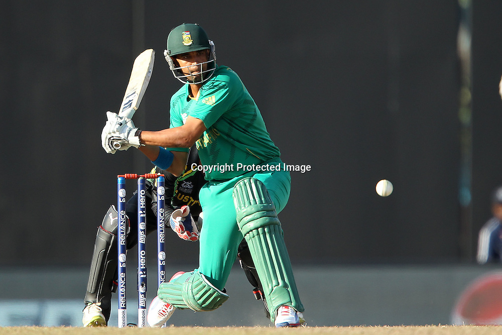 Robin Pieterson switch hits the ball for four during the ICC World Twenty20 Super 8s match between Australia and South Africa held at the Premadasa Stadium in Colombo, Sri Lanka on the 30th September 2012<br /> <br /> Photo by Ron Gaunt/SPORTZPICS