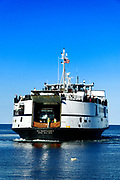Martha's Vineyard ferry leaves Vineyard Haven for woods Hole, Cape Cod