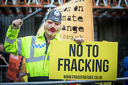 © Licensed to London News Pictures. 20/05/2016. Northallerton UK. Fracking protester's have gathered outside North Yorkshire County hall this morning to protest against the UK's first operational fracking site. Photo credit: Andrew McCaren/LNP