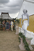 Entrance to Veuve Clicquot enclosure, Veuve Clicquot Gold Cup 2006. Final day. 23 July 2006. ONE TIME USE ONLY - DO NOT ARCHIVE  © Copyright Photograph by Dafydd Jones 66 Stockwell Park Rd. London SW9 0DA Tel 020 7733 0108 www.dafjones.com