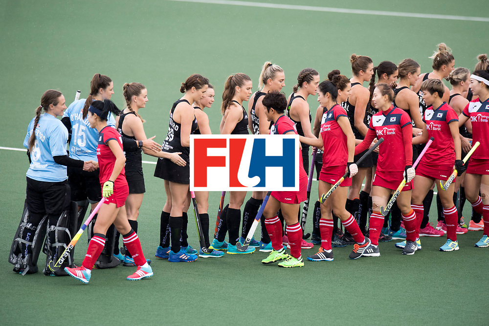 AUCKLAND - Sentinel Hockey World League final women<br /> Match id 10295<br /> 05 New Zealand  v Korea<br /> Foto: Start of the match.<br /> WORLDSPORTPICS COPYRIGHT FRANK UIJLENBROEK
