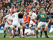 Twickenham, GREAT BRITAIN, South Africia, lock, Victor MATFIELD holds of Jamie NOON to get the pass back to Jean DE VILLIERS, during the Investec Challenge Series, England vs South Africa  [RSA], Autumn Rugby International at Twickenham Stadium, Surrey on Sat 22.11.2008 [Photo, Peter Spurrier/Intersport-images]
