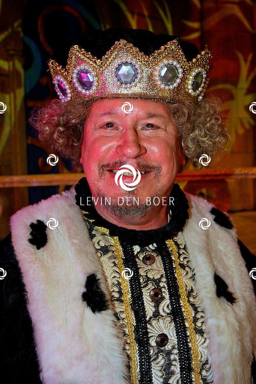 GORINCHEM - In een grote hal is het Afas Sprookjesconcert drie dagen achter elkaar compleet uitverkocht. Met op de foto Dick Schaar de Koning. FOTO LEVIN DEN BOER - PERSFOTO.NU